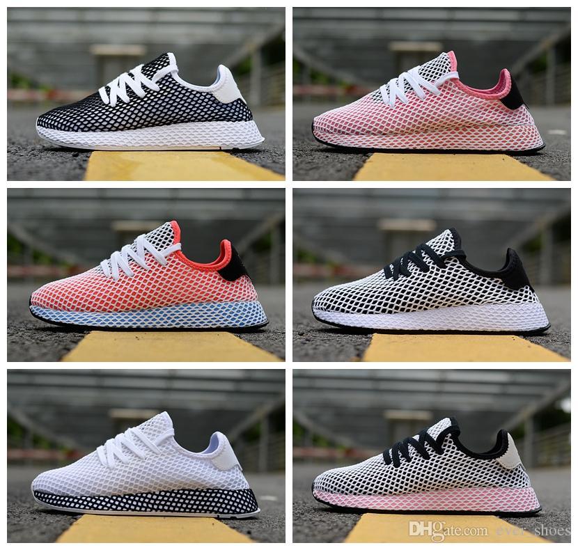 4674f37c4 Compre 2018 Novos Originais DEERUPT RUNNER Calçados Pharrell Williams Stan  Smith Tênis HU Designer De Malha Em Execução Rosa Casual Chaussures  Sneakers 36 ...