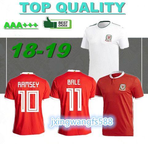 Compre Topo 2018 País De Gales Camisas De Futebol Fora Whiet 18 19 País De  Gales Casa Vermelho Bale Ramsey Ward Allen Davies Camisetas Thai Camisa De  ... 4d3bf4d62093d