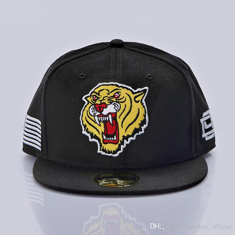 Justdon New D9 Tiger Character Snapback Hats Hiphop Style Solid Flat Bill  High Quality Wool Blend BaseBall Caps For Men Women In Black Cap Rack Caps  From ... 6d586eb3963