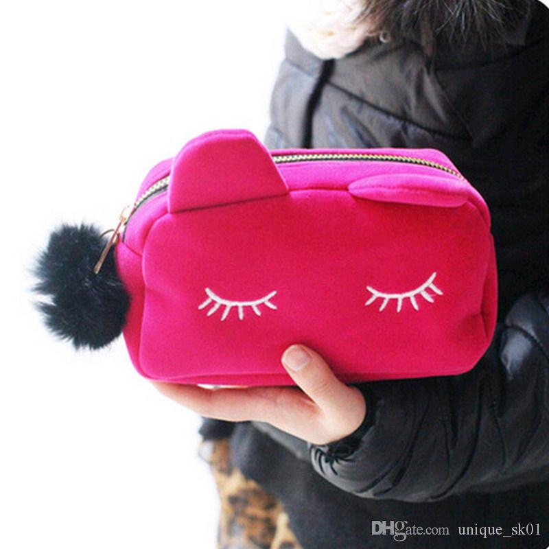 Best Portable Cute Cat Makeup Bag Cartoon Cat Coin Storage Case Travel Makeup Flannel Pouch Cosmetic Bag Ladies Handbag DHL Free