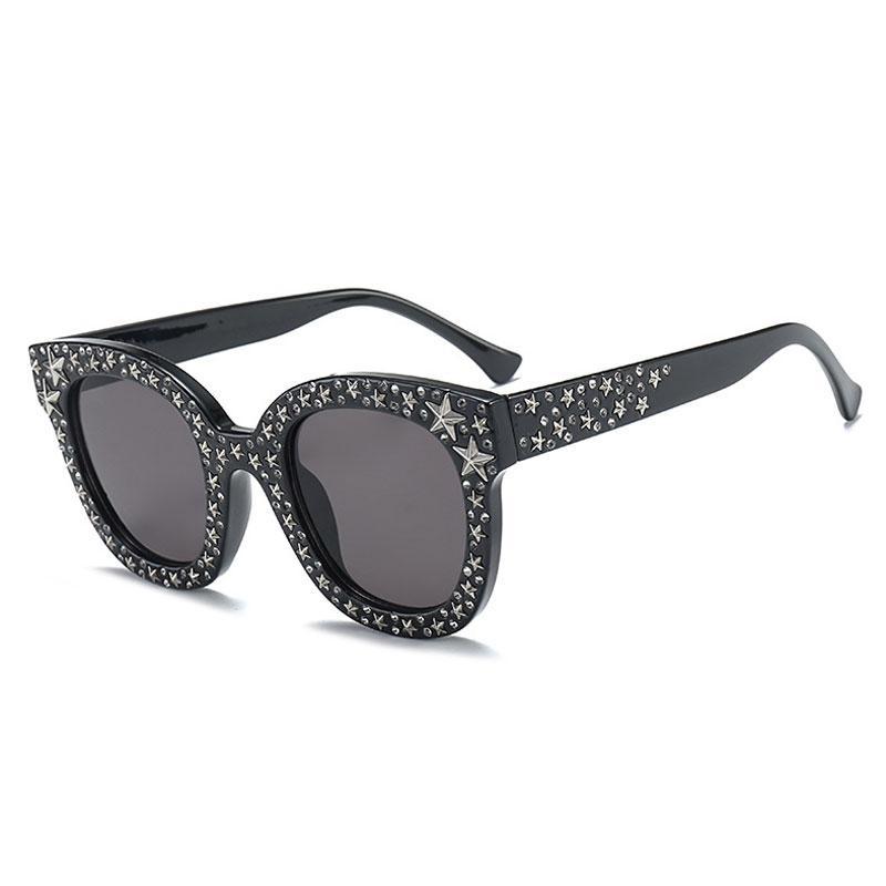 Compre Marca De Luxo Italiano Óculos De Sol Das Mulheres De Cristal Quadrado  Óculos De Sol Espelho Retro Full Star Óculos De Sol Feminino Cinza Preto  Shades ... 5f0c6303d6