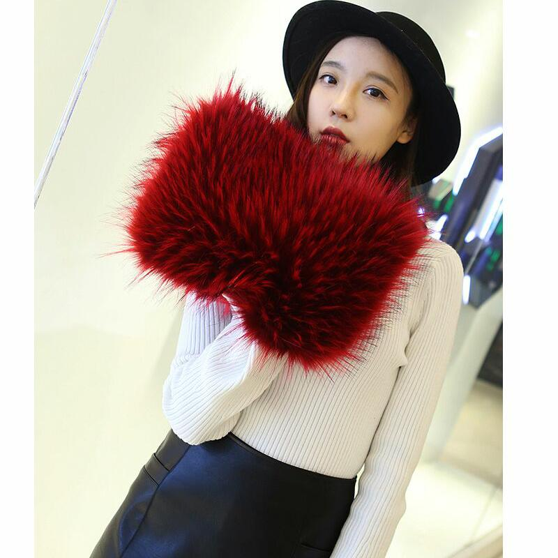 Fashion Designer Faux Fox Fur Women Messenger Bag Winter New Women Chain  Shoulder Bag Luxury Fur Handbag Large Lady Clutch Black Leather Handbags  Red Clutch ... 30729c8c5a799