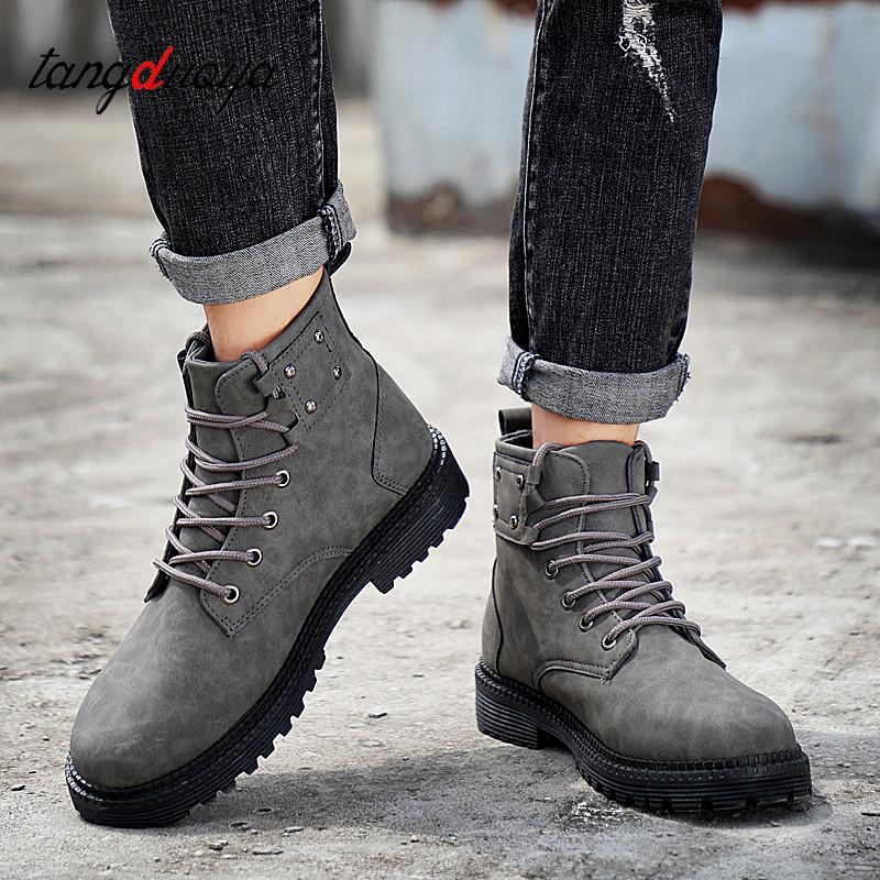 1862cf3f4df15 Compre Martin Botas Hombres Zapatillas De Deporte Casuales Botines Para  Hombres Otoño Invierno Zapatos Zapatos Impermeables High Top Casual Para  Hombre A ...
