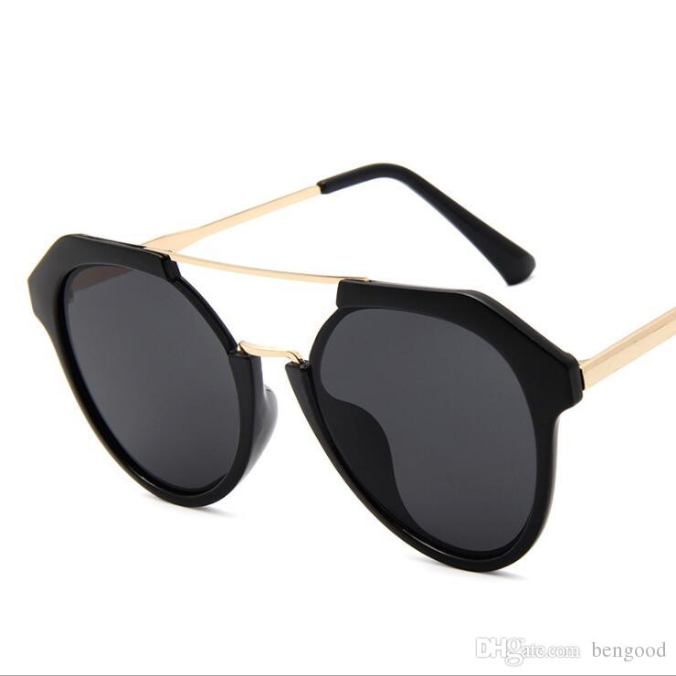 c6a5ce9aa08 New Fashion UV400 Protection Black Frame Sunglasses Pink Blue Green ...