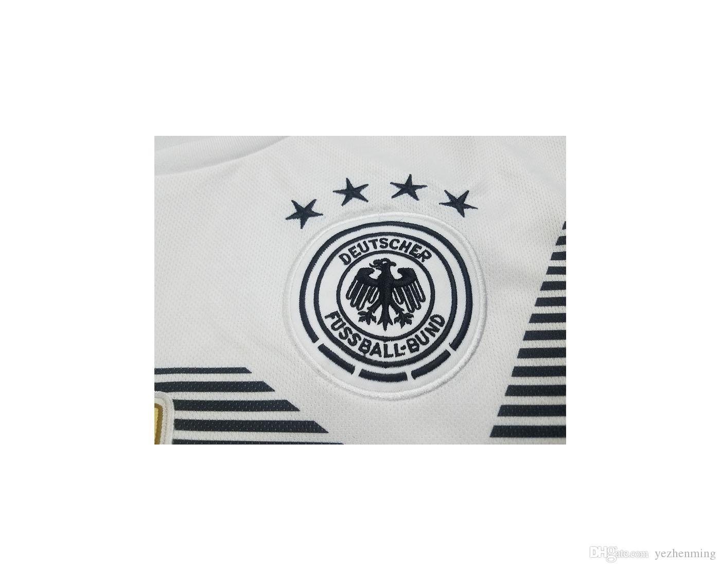 Compre Nuevas Jerseys De Fútbol 2018 Alemania Soccer Jersey Home Blanco De Manga  Corta 243ae4bfd9ad4