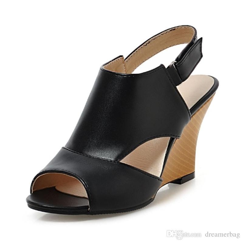 a1b7cddb80 Compre Atacado Plus Size 34 43 Mulheres Sandálias Sexy Salto Alto Cunhas  Recorte Sapatos De Verão Doce Peep Toe Menos Sandálias De Plataforma Para  Senhora ...