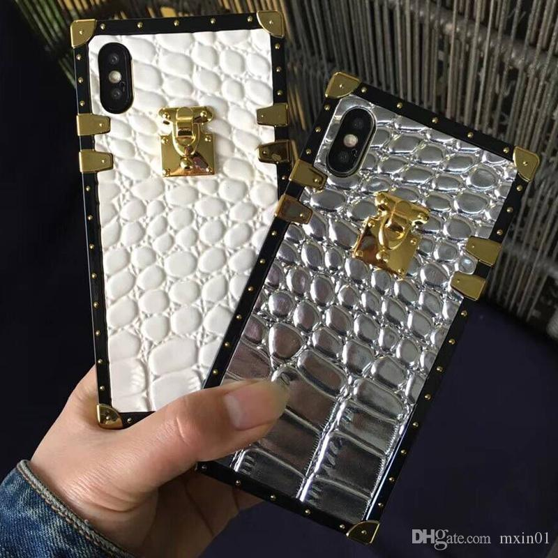 Europe Crocodile PU leather Paris Fashion Show Party BOX TPU Gold Button Case with Strap For iPhone XS Max XR X 8 7 6 6S Plus