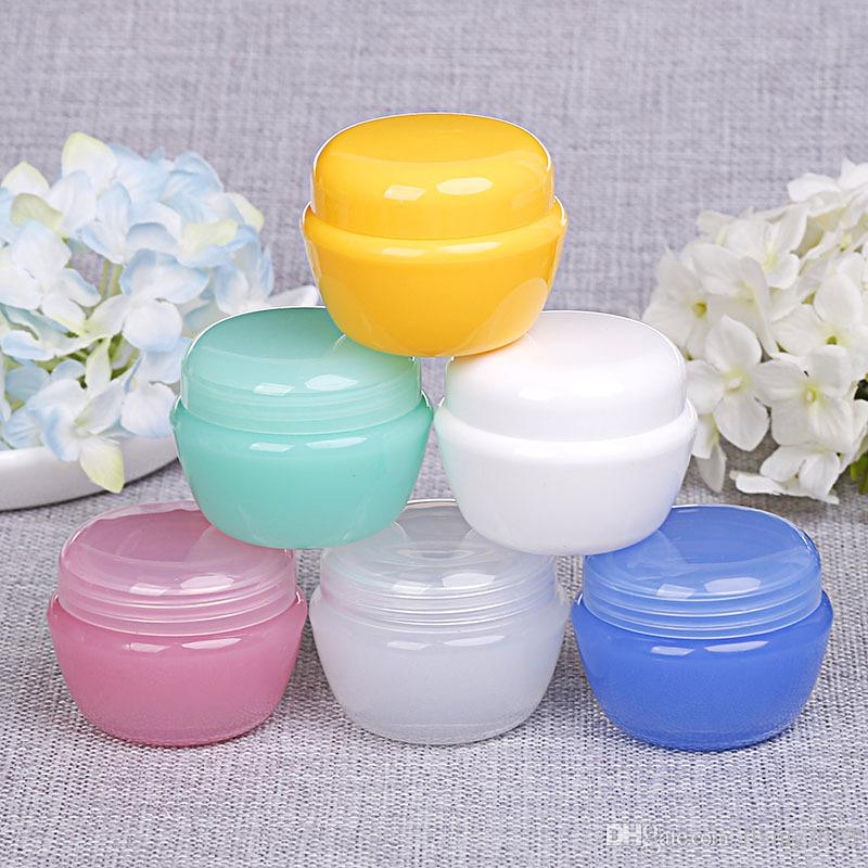 Mushroom Shape Cosmetic Sample Packing Empty Containers Bottles Plastic Pot Jars for Face Cream ,eyeshadow, Nails, Powder with free Spoon
