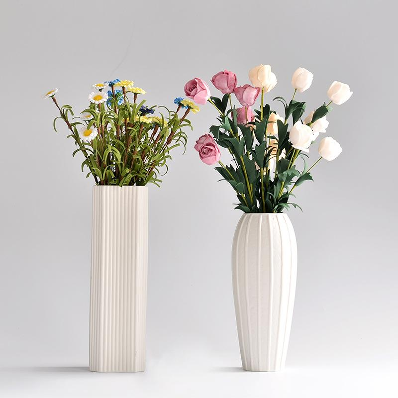 European Style Ceramic Vase Contracted And Contemporary White Vase