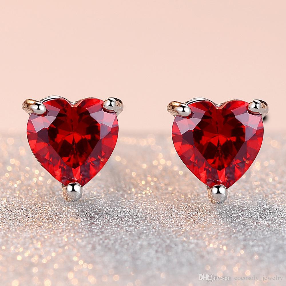 6MM Atacado 925 Sterling Silver Cristal Heart Shaped Stud brincos de prata Mixed / vermelho / roxo Colors presentes de casamento CZ Mulheres Moda Jóias