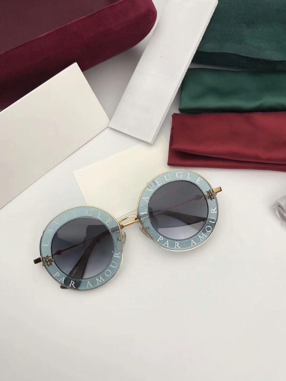 Nuovo Top Quality 0113 Mens Occhiali da sole Donne Occhiali da sole Occhiali da sole Stile Moda UV400 Lente Protegge gli occhi GAFAS DE SOL LUNETTI DE SOLEIL CON SCATOLA