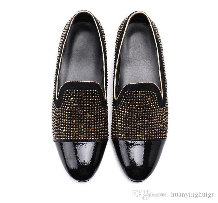 2019 fashion Men loafers Black red Diamond Rhinestones Spiked Loafers Rivets shoes Male Designer Wedding Party Shoes SIZE38-46 AX660