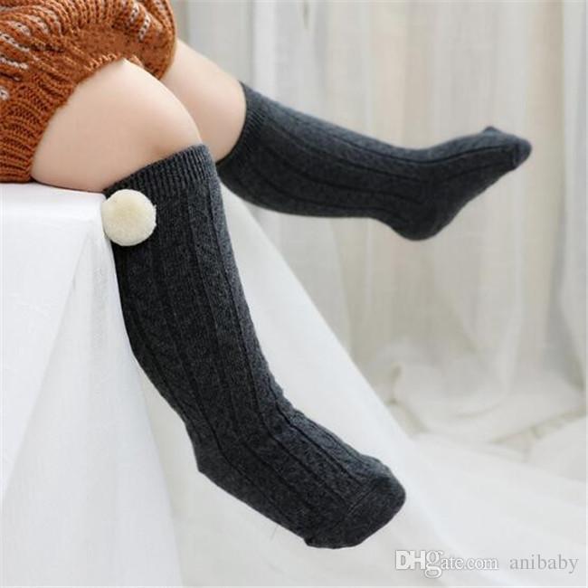 Crianças meias bebê bonito pompons applique knited meias infantis joelho alta alta pernas quentes meninos meninas listra algodão meia A08