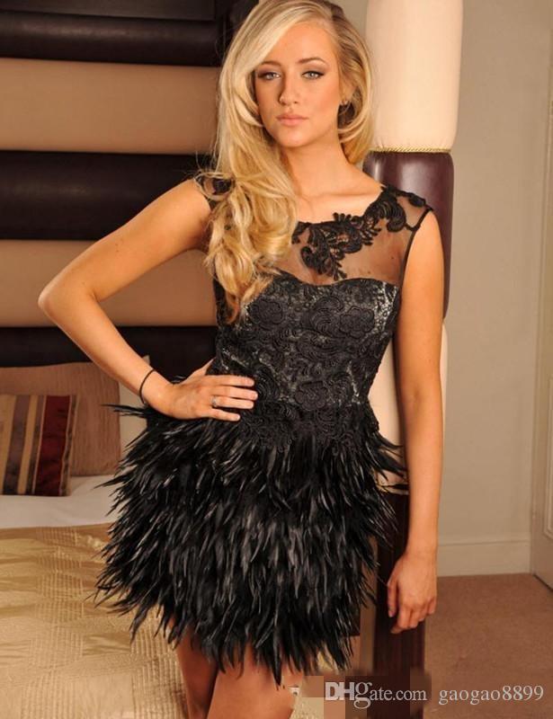 2019 sexy petites robes noires Robes de cocktail courtes avec jupe à plumes mancherons filles Filles Homecoming Party robes de bal dentelle appliques