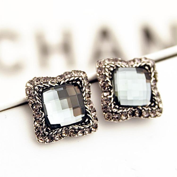 Metal Gold Silver Color Stud Earrings For Women Geometric Wedding Party Vintage Earring Female Bohemian Bijoux Refreshment Stud Earrings
