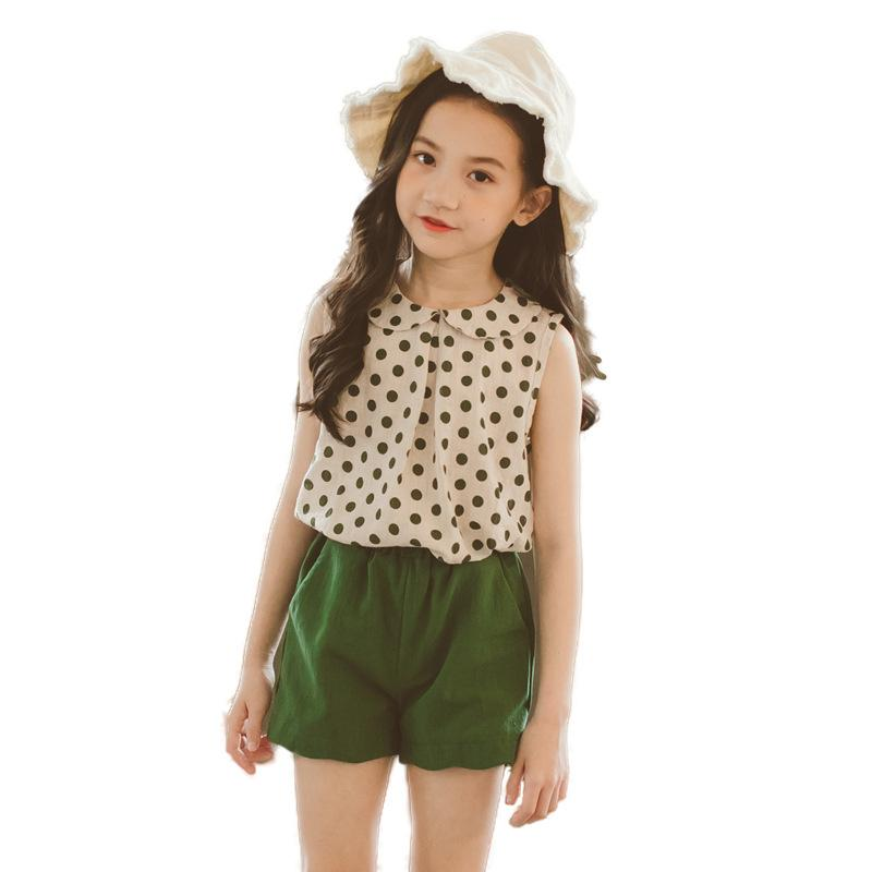 c0d030a2ccee13 2019 Girls Clothing Set Girl Child Polka Dot T Shirt Tops Green Pants Shorts  Teens Sleeveless T Shirt Tops +Shorts Outfits CA021 From Localking