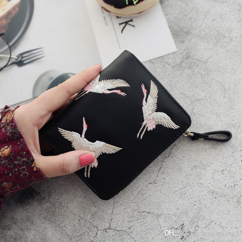 8f639c1ede6e Women Crane Embroidery Wallet Fashion Clutches Female Short Wallet Zipper  Pocket Handbag Hasp Card Holder Ladies Purse