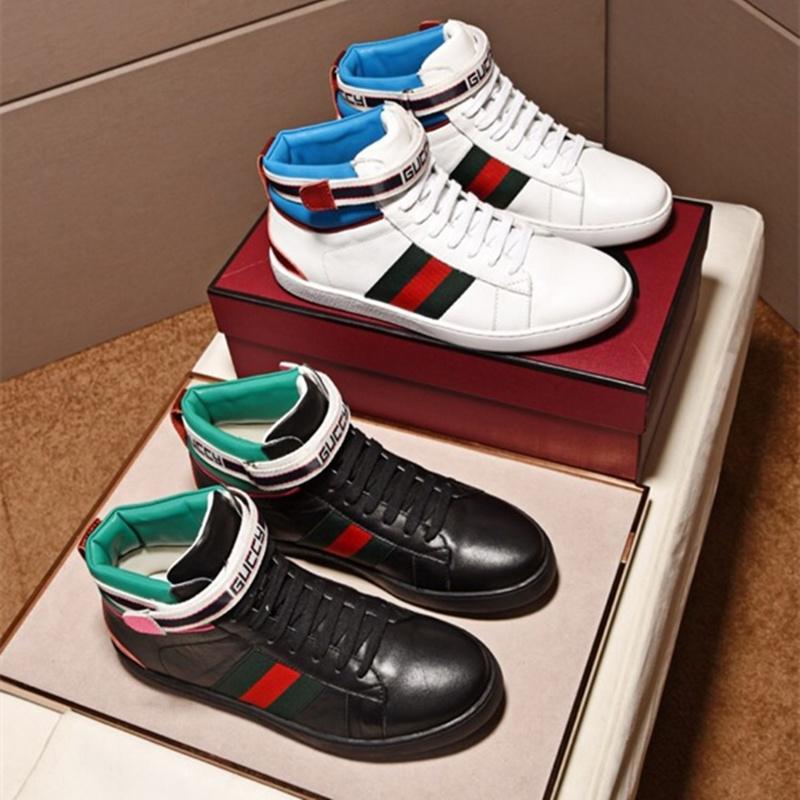171c157da Compre 2018 Sapatos Masculinos Botas De Moda Estilo Quente Lona Clássico  Lace Up Sapatos De Marcas Famosas De Luxo Designer De Sapatos De Esportes  Melhor ...