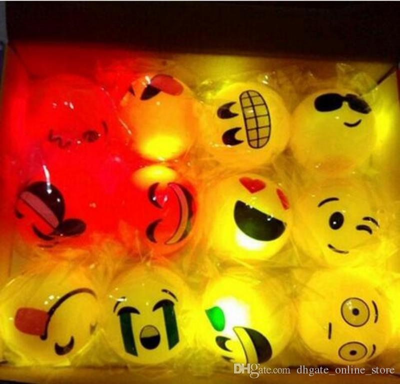 Creative 55cm Rubber Led Flashing Ball Glow In The Dark Light Up Emoji Bouncy Balls Birthday Party Gift Supplies 40th Favors 50th