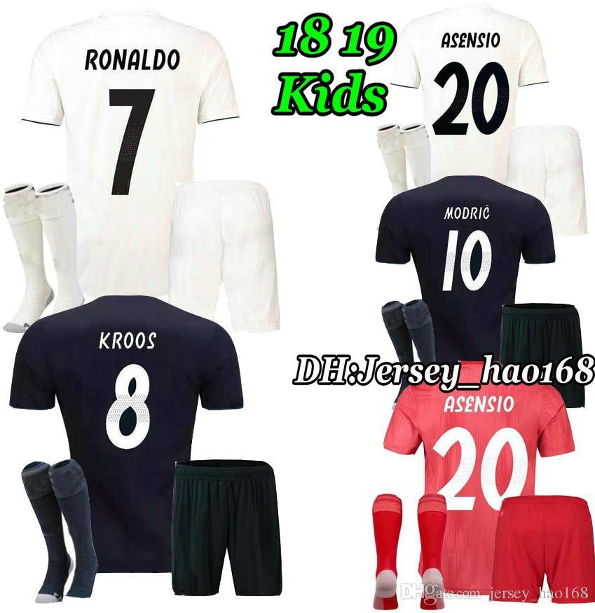 070948eece Compre RONALDO 18 19 Niños Real Madrid Jersey De Local Lejos Kits De Fútbol  Adulto ASENSIO MODRIC BALE RAMOS ISCO NAVAS KROOS BENZEMA Niño Fútbol  Camisa A ...
