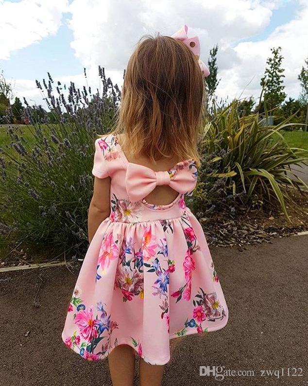 Nuovo vestito stampato floreale delle ragazze scavato indietro grande arco neonate Abiti Bow Cool Summer Cool Outfit Outfit 2-7T