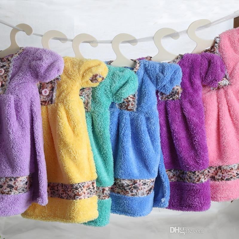 19 * 9 cm Plastik Köpek Yavrusu Küçük ve Büyük Köpekler için Pet Giysi Raf Askıları Kediler Giyim Aksesuarları ZA6356