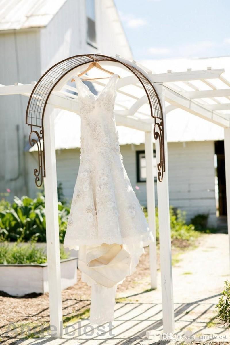 Charming Country Brautkleider 2019 V-Ausschnitt Sweep Zug Spitze Appliques Long Garden Brautkleider Vestido De Novia Plus Size Customized