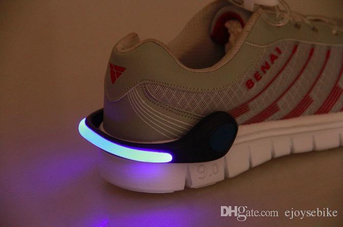 Schuhe Leuchtenden Clip Sicherheit Großhandel Sport Kunststoff Radfahren LED Signal Outdoor Schuhe Fahrrad LED Blitz Clips Licht Sicherheit Handgelenk bY7g6yvf