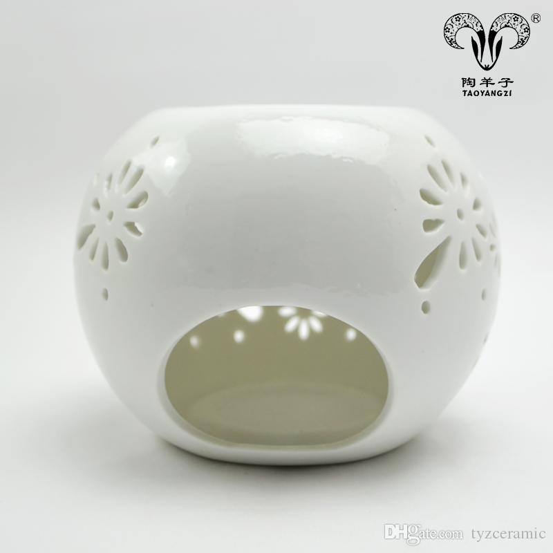 Manufacture direct hand painted pumpkin shaped cute ceramic candle holders Round shape whit porcelain personalized aroma oil burner for teal