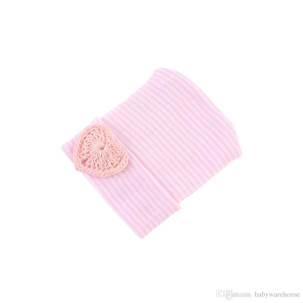 Chapéus Do Bebê recém-nascido Gorros Doce Coração Bebê Chapéus De Malha Hospital Outono Inverno Quente Gorro Macio Listrado Chapéu Infantil Do Bebê Acessórios 0-6 M