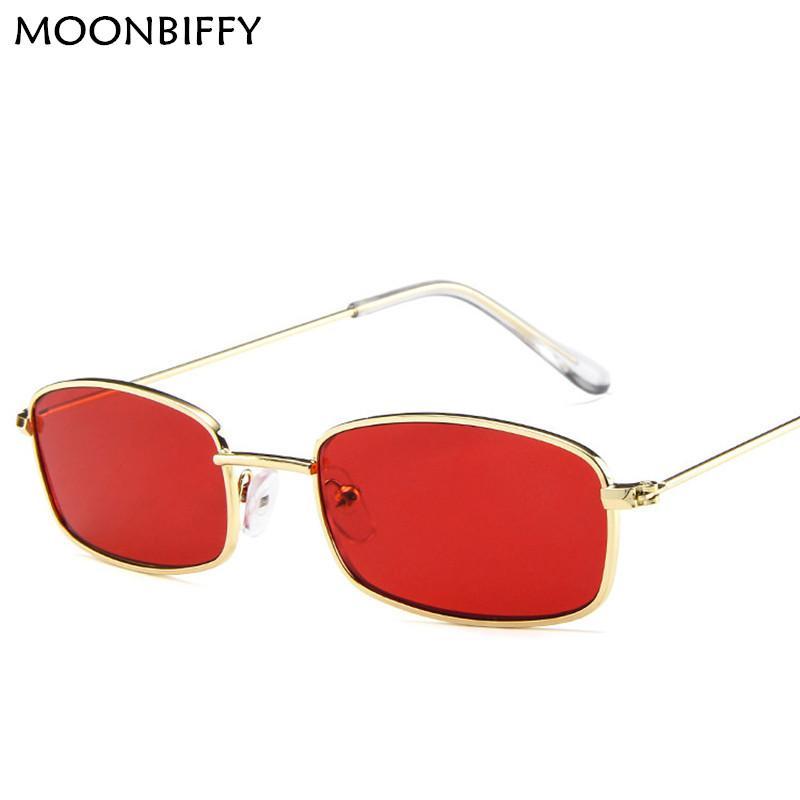 f7b639ad951a0 Compre Mulheres De Metal Óculos De Sol Dos Homens Retro Pequeno Quadrado  Óculos De Sol Feminino Amarelo Rosa Lens Óculos Pequeno Quadro Shades Óculos  2018 ...