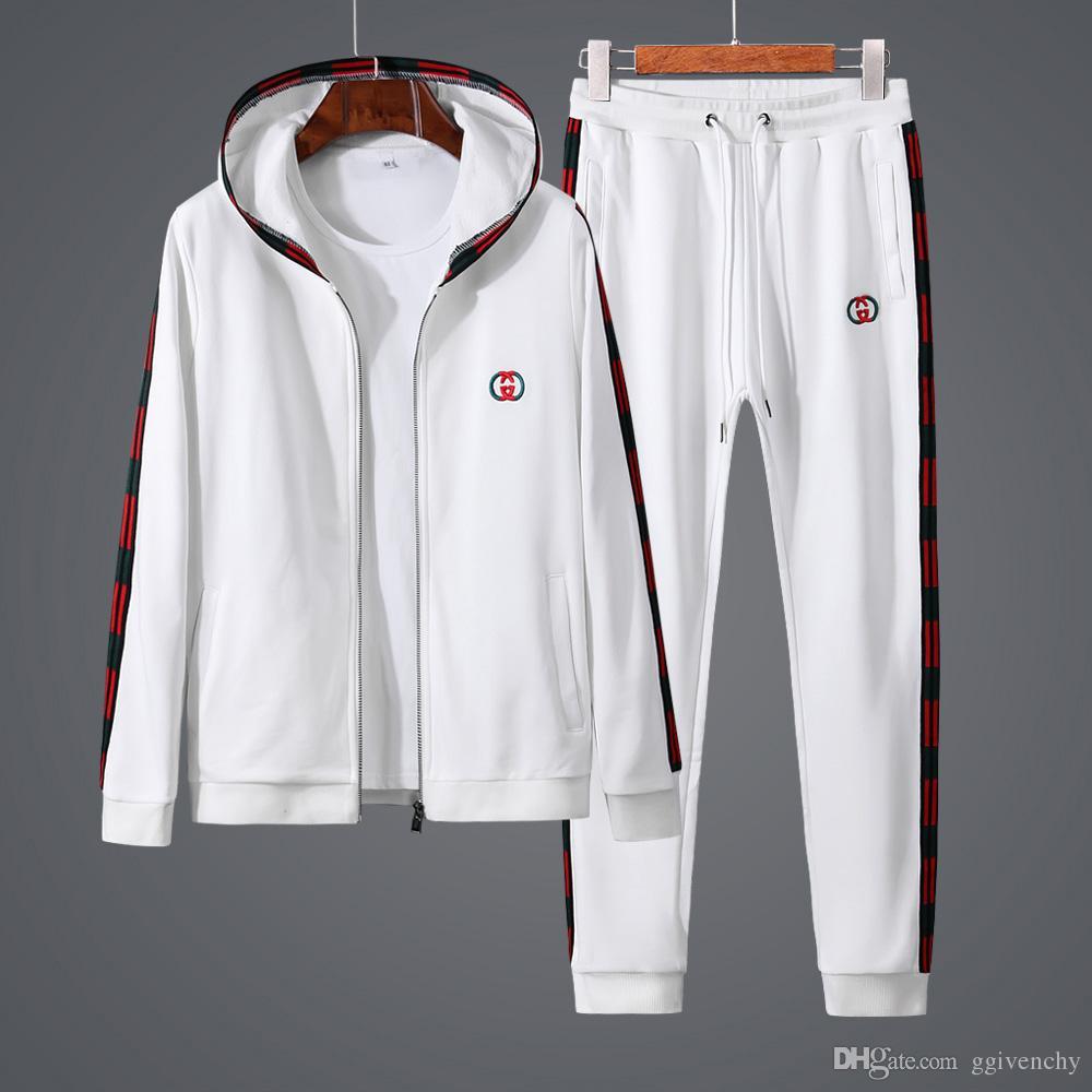 Acquista Autunno Sportswear Uomo Casual Sportivo Tuta Degli Uomini Di Lusso Abbigliamento  Sportivo Marca Felpa Tuta Da Jogging Fresco Bianco Cardigan ... b10ab1a2ef2