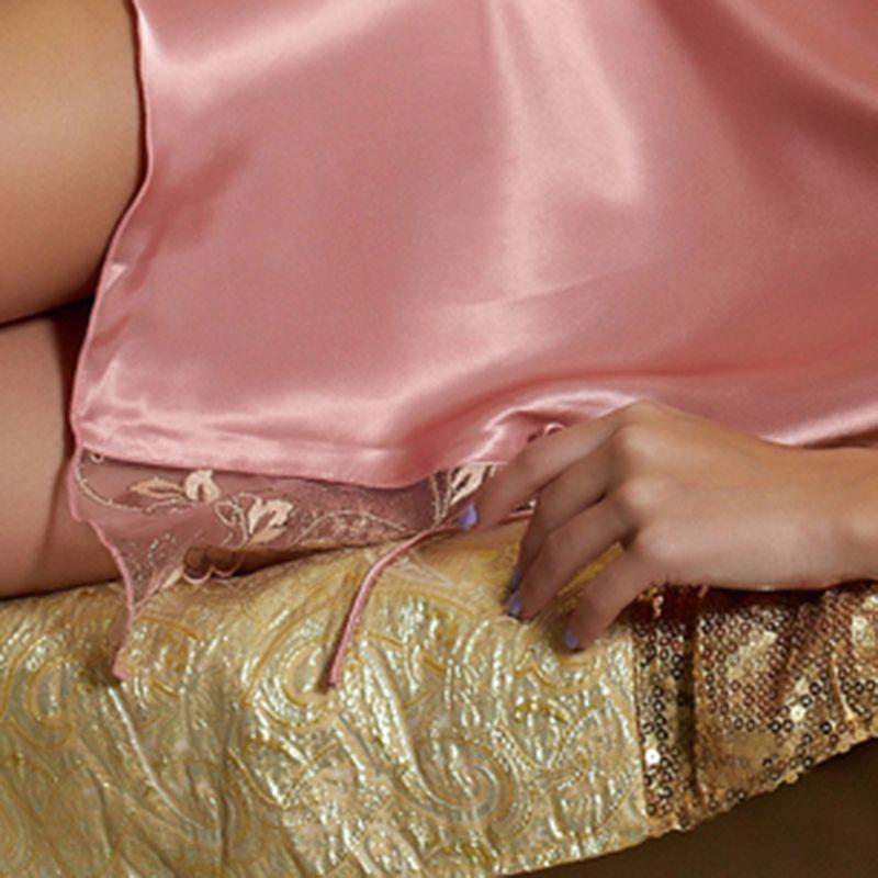 Iron Pink Sleeveless Silk Satin Nightgowns Women Lace Embroidery Sleepwear Knee Length Sleep Skirts Fashion Lace Dress 1599