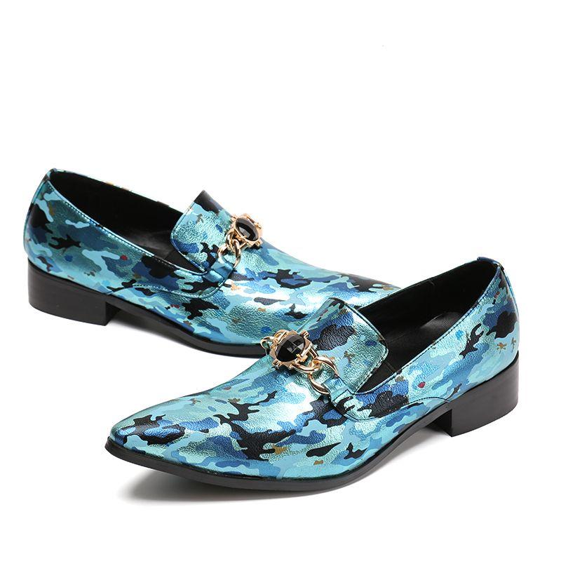 Novo mens primavera verão design de moda vermelho azul dedo apontado deslizamento na impressão de couro sapatos casuais homens loafers partido drss sapatos