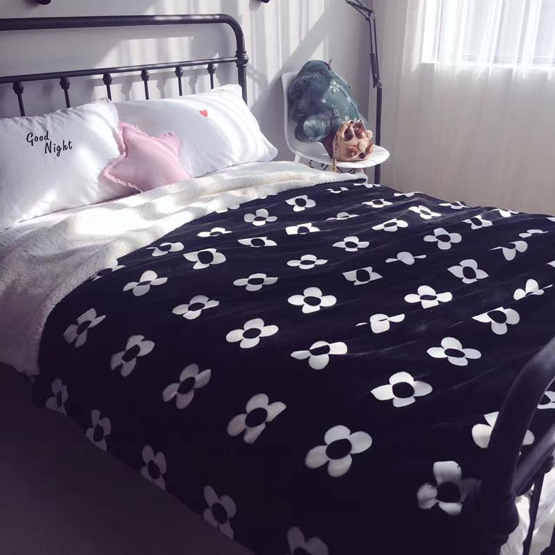 2018 Flowers Black Throw Blanket Double Faced Blanket For Bed