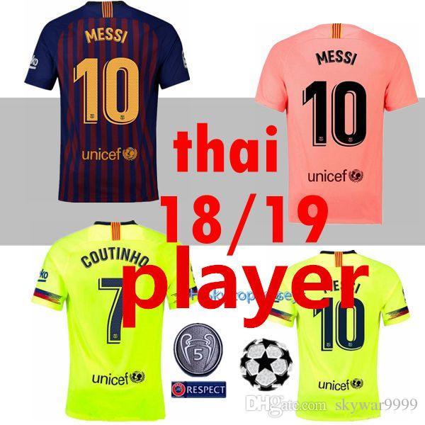 98eb3d6ca7 Compre JOGADOR VERSÃO 2018 2019 Camisa De Futebol Messi Barcelona 2019 NEW  8 Iniesta 9 Suárez 26 MALCOM 11 Dembele 7 Camisa Coutinho Tailândia De  Skywar9999 ...