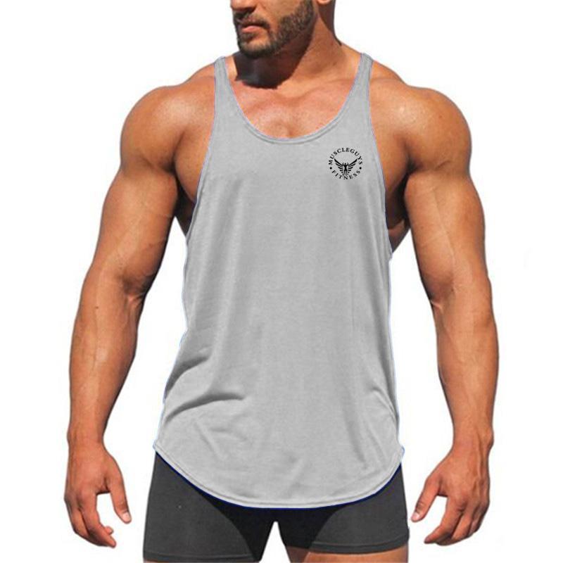 Compre Muscleguys Verão Gyms Tanque Homens Musculação Roupas De Fitness  Homens Stringer Mangas Singletos Masculinos De Algodão Masculina De  Yabsera 76cd436e4e9