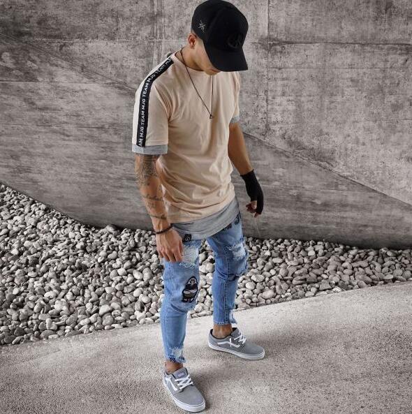 Acquista Famous US Popular Eat Chicken BLUE Uomini Bianchi Jeans A Matita  Skinny Punk Streetwear Hiphop Slim Strappi Strappati Badge Uomo Pantaloni  Lunghi ... 7d730b37962