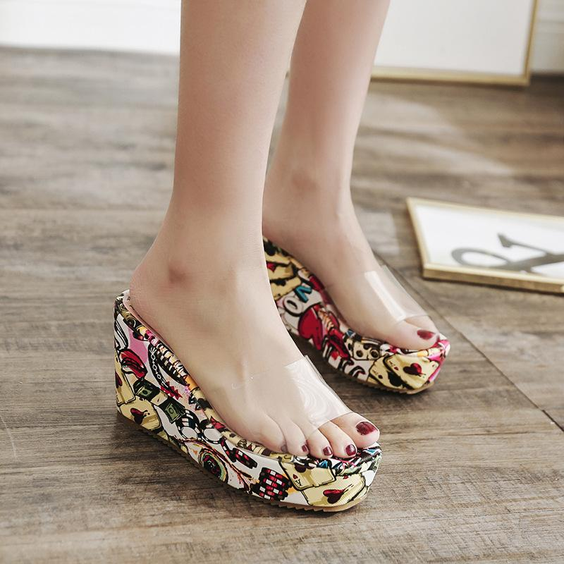 5a4f5e471a0 Women S Sandals And Slippers 2018 New Summer Non Slip Transparent Wedge  Sandals Beach Sandals Waterproof Platform Z158 Sandles Wedge Booties From  Ye1993