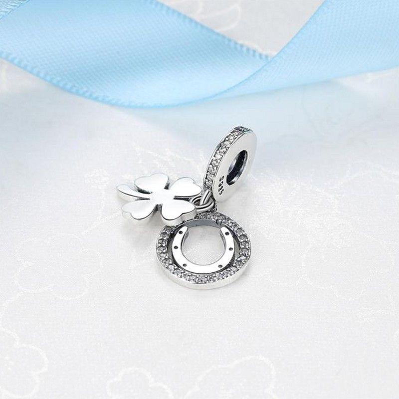 Lucky Day hängend Blumen Anhänger Anhänger Authentisches 925 Sterlingsilber-Klee-Perlen für die Schmucksachen, die DIY Armbänder Zubehör HB758