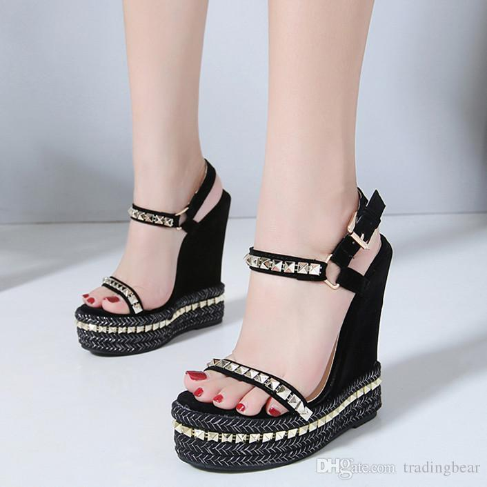 43082bd9817 15cm Chic Rivets Knitted Plaited Women Platform Wedges Sandals Designer  High Heel Size 35 To 40 Wedge Shoes Casual Shoes For Men From Tradingbear