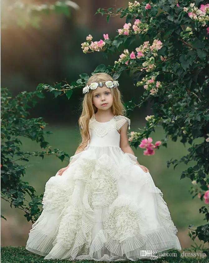 Vestidos encantadores de las muchachas de flor para la boda bohemia Vestido del desfile de las niñas moldeadas Flores hechas a mano Vestidos del partido de la comunión