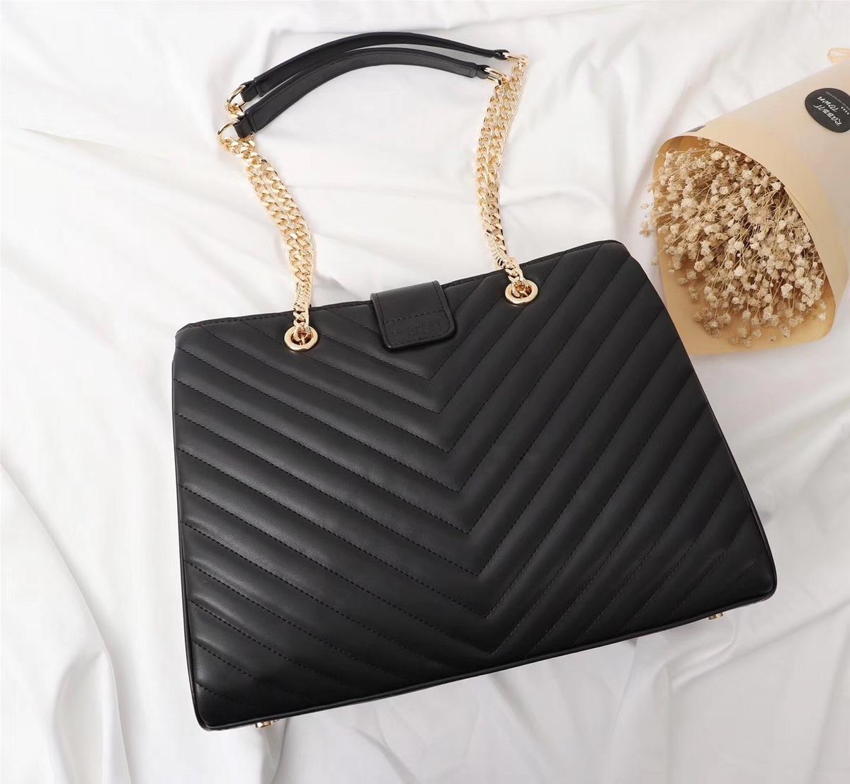 adcc000527ce7 Großhandel Klassische Design 2018 Schulter Frauen Hadbags Hoe Verkauf  Echtes Leder Casual Tote Bequem Hohe Qualität Taschen Von Wg99
