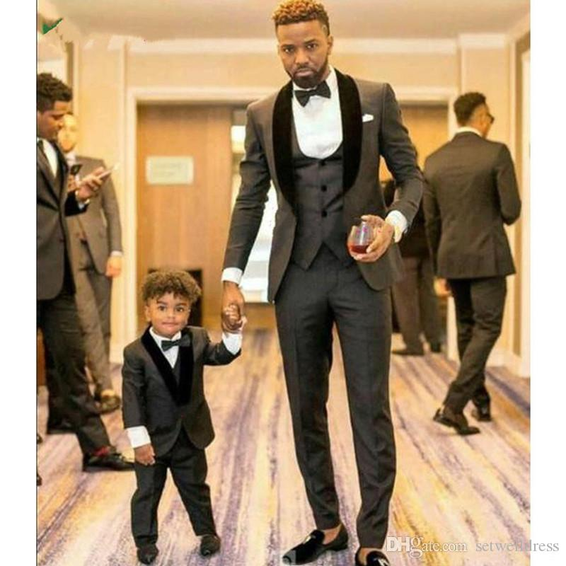 High Quality Charcoal Grey Groom Tuxedos Shawl Lapel Slim Fit Groom Best Man Suits For Wedding jacket+pant+vest