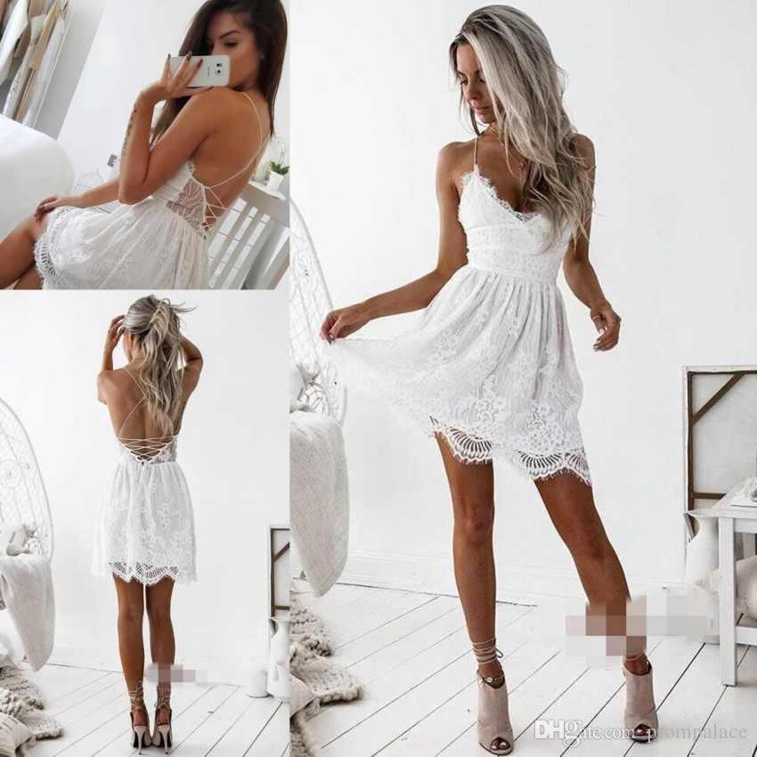 bc65b7d514 Vestido Preto Basico Simples Lace Branco Curto Homecoming Vestidos Sexy  Cintas De Espaguete E Aberto De Volta Moda Charme Vestidos De Festa Modelos  De ...