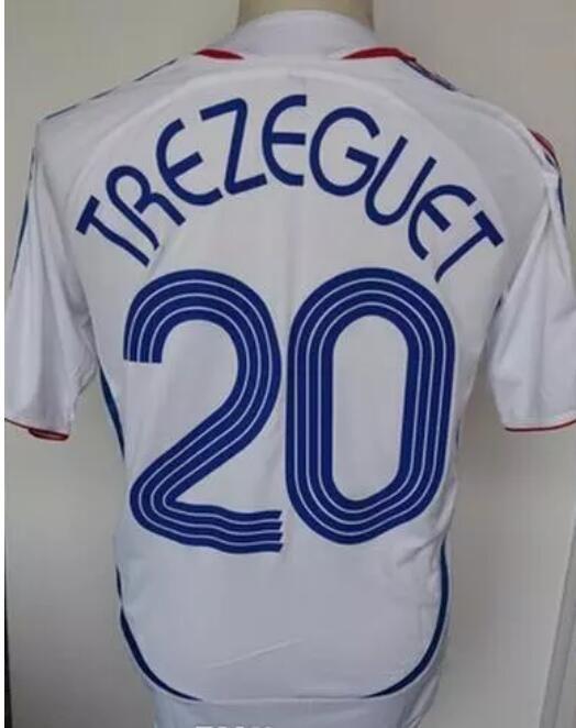Compre 2006 Camisa De Futebol Retro ZIDANE Henry Trezeguet Vieira Ribery 06 França  Camisas De Futebol Do Vintage Maillot De Fansclubsoccer 68d0d610943c3