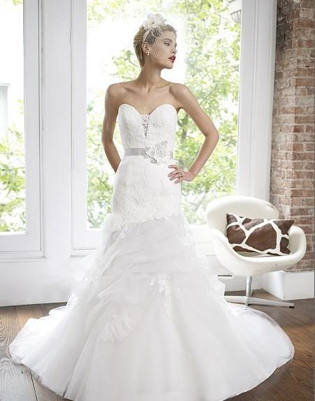 2018 new organza pleated tulle Alencon lace sweetheart soft pick-ups beaded floral sash wedding dress bridal gown