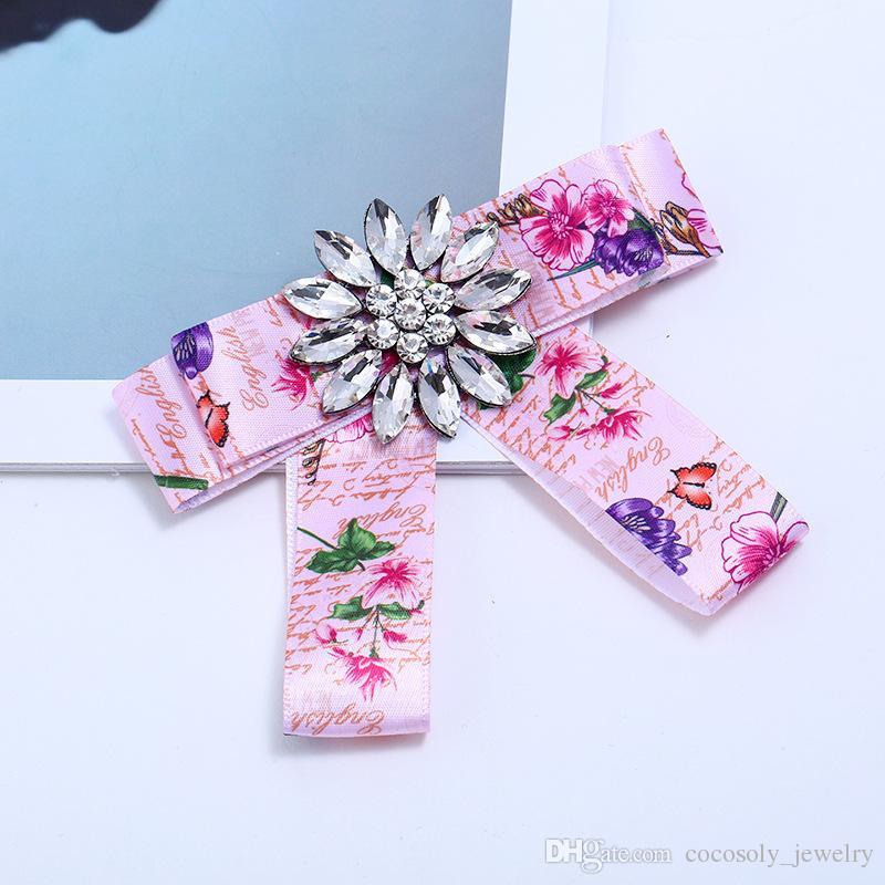 Bohemian Printing Blume Faille Broschen Bowknot Weiß Strass Brosche Pins 2018 Neue Frauen Schmuck Zubehör Wholesale Freies Verschiffen