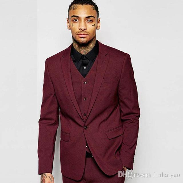 f867cef80 Compre Elegante Vino Rojo Hombres Trajes 3 Piezas Caballeros Estilo Hombre  Smoking Slim Fit Novio Traje De Novia Desgaste Jacket + Pants + Vest A   71.07 Del ...
