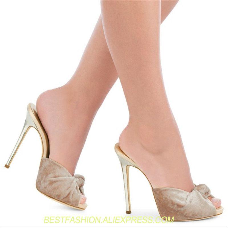 Acquista Sandali Peep Toe Party Abito Da Sera Con Tacchi Da Donna Tacco  Alto Con Nappe Sexy Ladies Black Red Velvet Summer Shoes Plus Size 46 A   115.27 Dal ... e7e3790681c